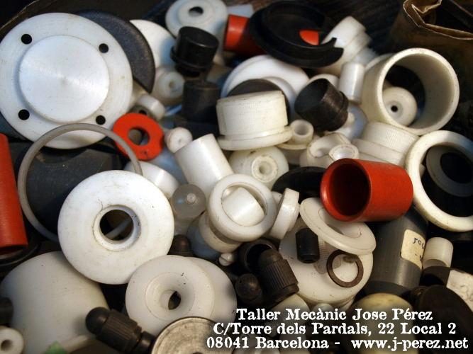Mecanizado de piezas en plasticos tecnicos